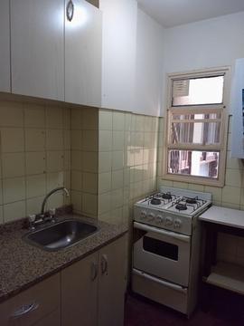 Foto Departamento en Alquiler temporario en  Centro ,  Capital Federal  Suipacha y Córdoba