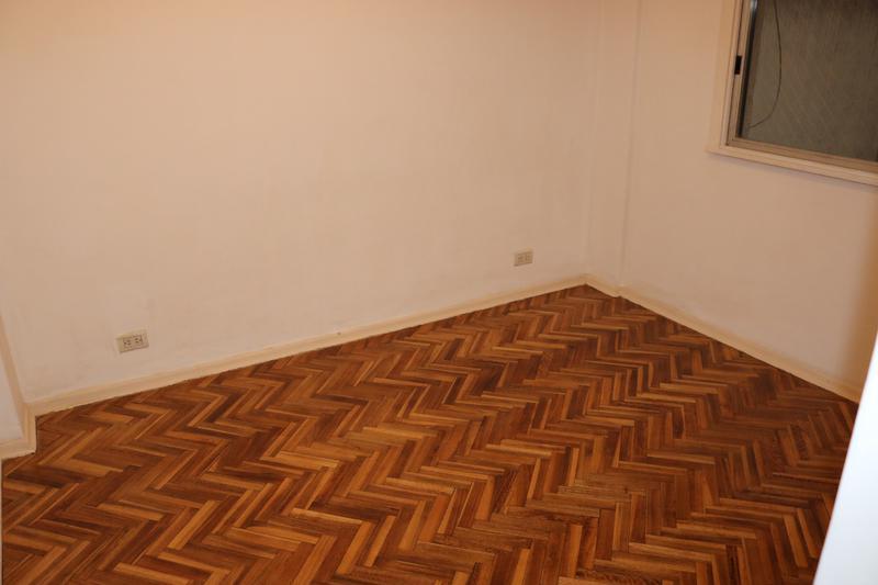 Foto Departamento en Venta en  P.Rivadavia,  Caballito  Rosario al 100, piso 3