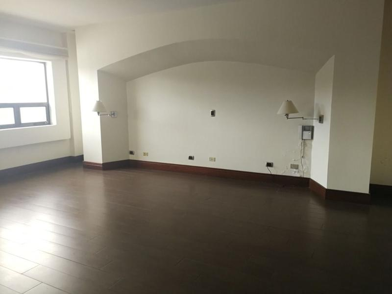 Foto Oficina en Venta en  Mata Redonda,  San José  Oficina en Sabana / 28 estacionamientos / 1412 m2 de terreno