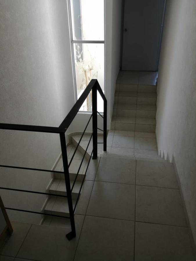 Foto Casa en Venta en  Zinacantepec ,  Edo. de México  Casa seminueva en venta en Idilica Zinacantepec