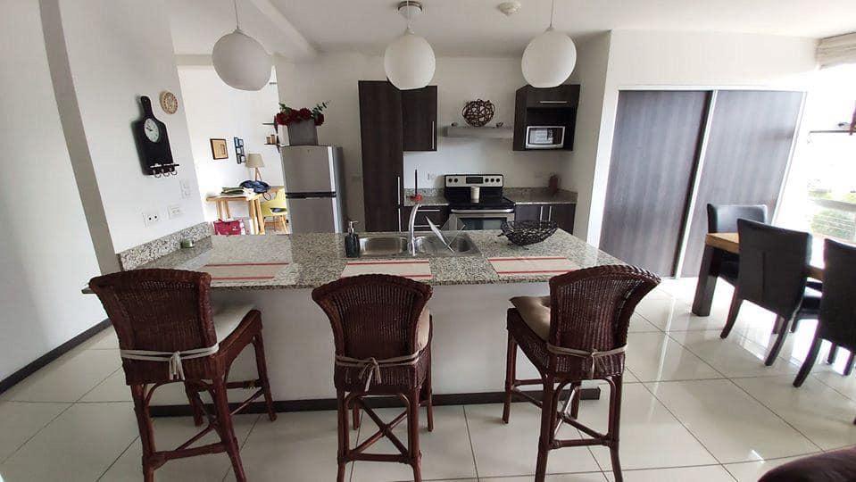 Foto Departamento en Renta en  Uruca,  San José  URUCA/ Apartamento de 1 habitación/ Amueblado/ Equipado/ Seguridad / Ubicación