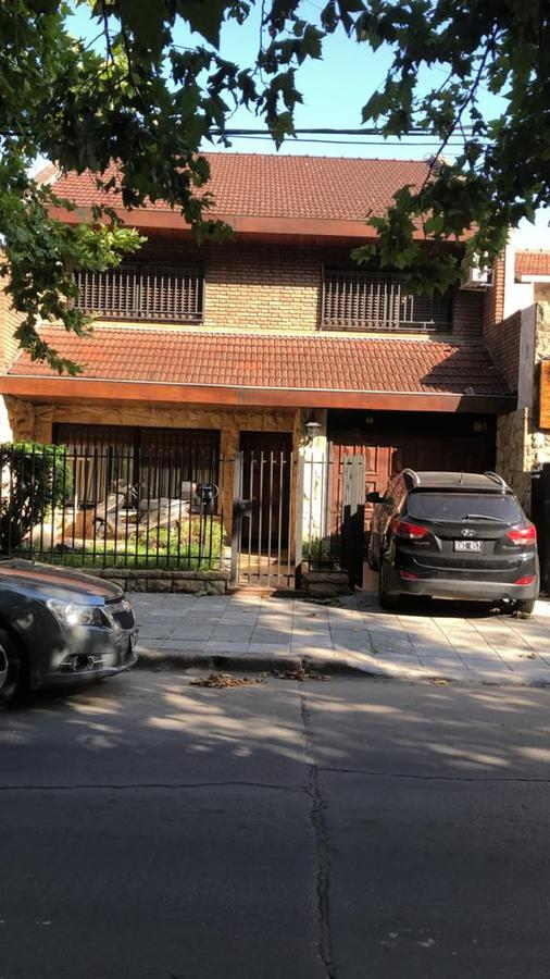 Foto Casa en Venta en  Ramos Mejia Sur,  Ramos Mejia  Corrientes 75