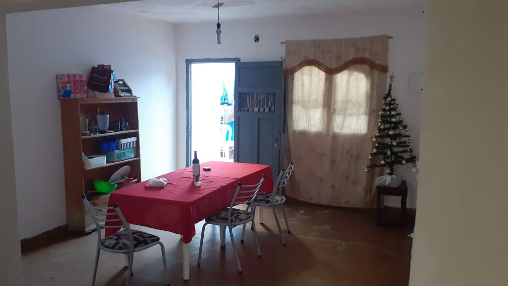 Foto Casa en Venta en  Hipolito Irigoyen,  Cordoba  Alta Gracia al 800