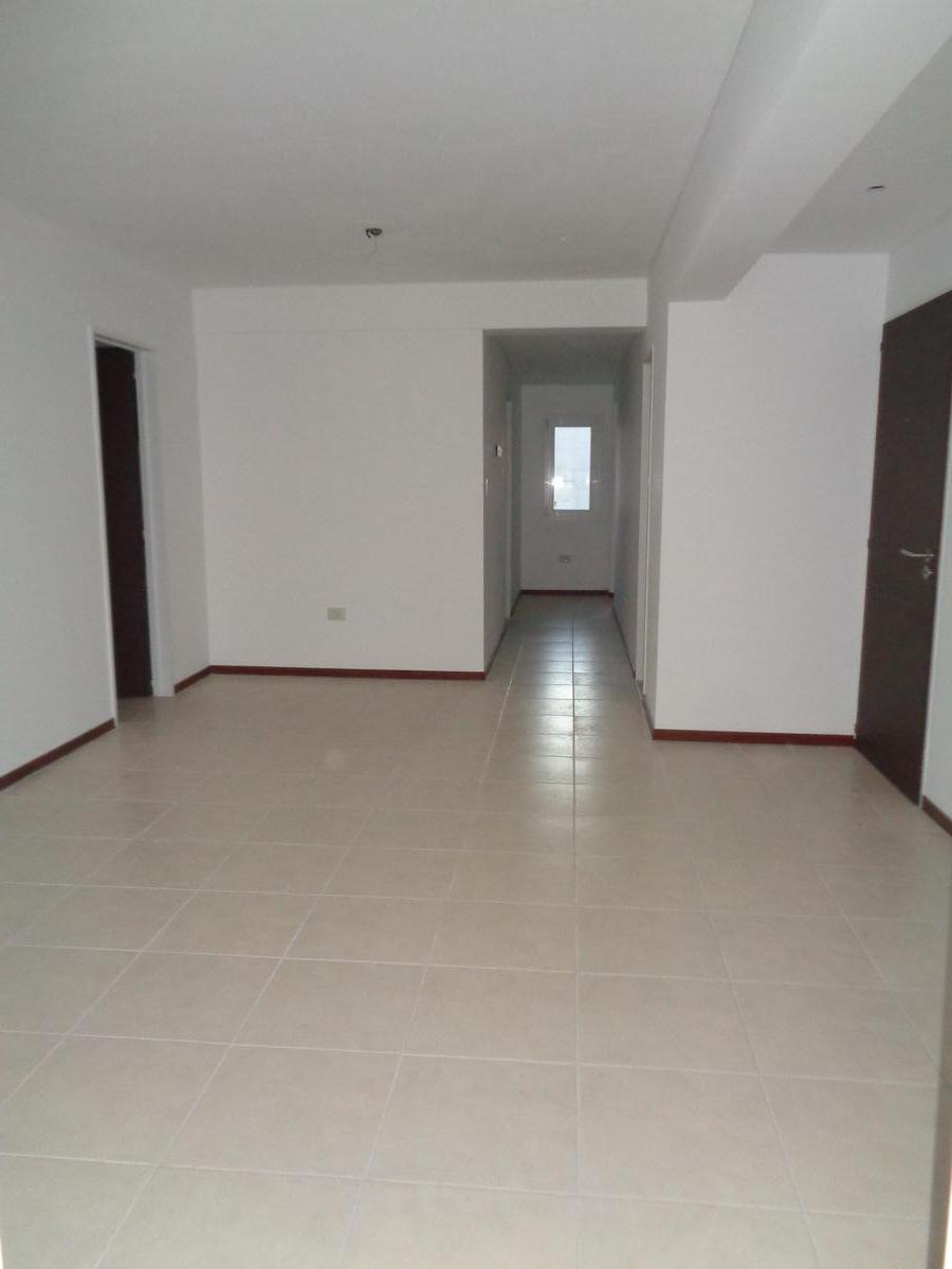 Foto Departamento en Venta en  Capital ,  Neuquen  Mendoza 76