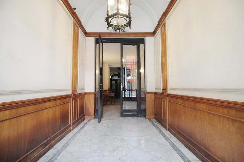 Foto Departamento en Venta en  Recoleta ,  Capital Federal  Majestuoso departamento de 6 ambientes en Recoleta - Santa Fe al 1600
