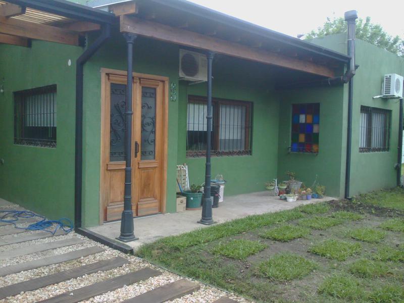 Foto Casa en Venta en  Ezeiza ,  G.B.A. Zona Sur   Juan Gregorio Diaz al 300