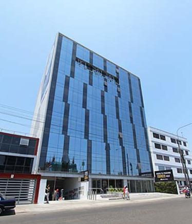 Foto Oficina en Alquiler en  Miraflores,  Lima  Avenida Alfredo Benavides