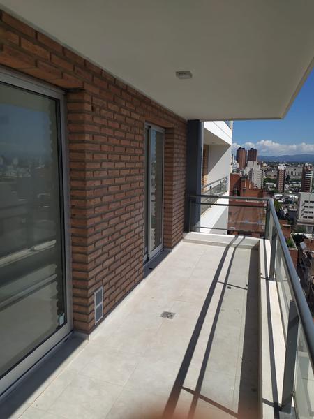 Foto Departamento en Venta en  Nueva Cordoba,  Cordoba Capital  OPORTUNIDAD Departamento en VENTA de 1 dormitorio en Nueva Córdoba. Frente con balcón.