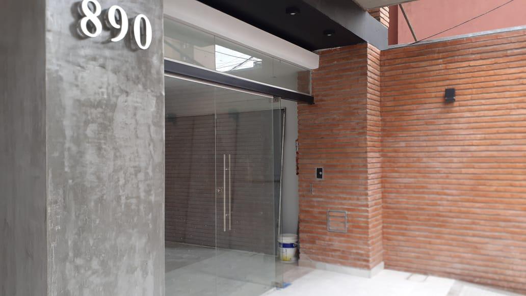 Foto Local en Alquiler en  Barrio Norte,  San Miguel De Tucumán  Balcarce 890