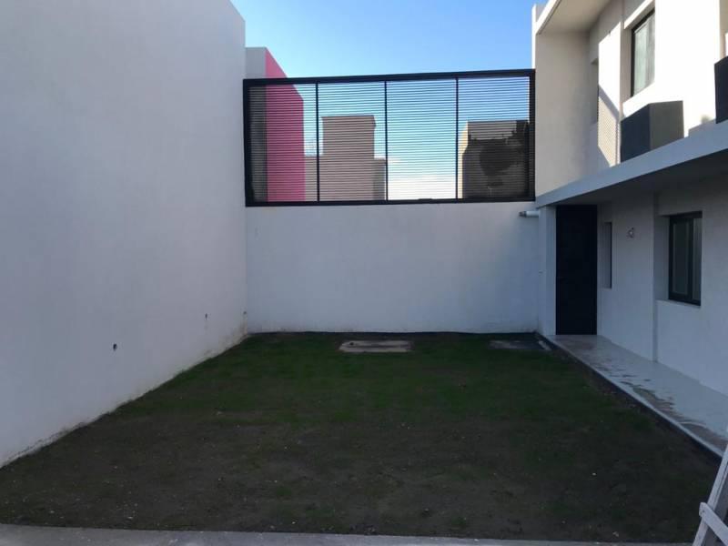 Foto Casa en Venta en  Capital Federal ,  Capital Federal  Bejarano al 2100