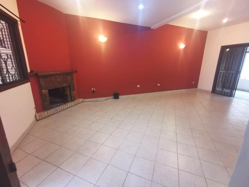 Foto Casa en Alquiler en  Las Lomas,  Santisima Trinidad  Zona Shopping del Sol