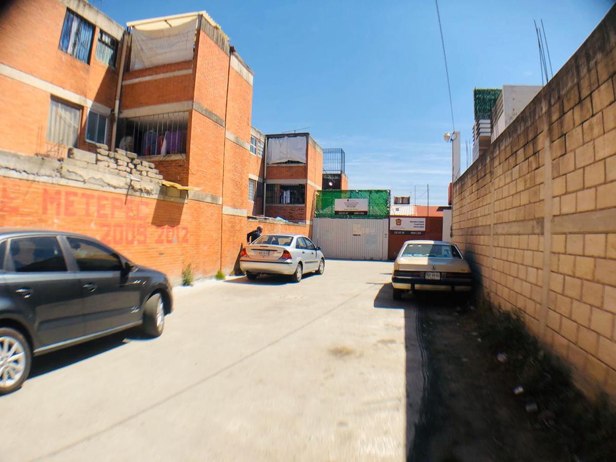 Foto Terreno en Venta en  Santa Cruz,  Metepec  Comonfort