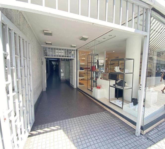 Foto Local en Venta en  Centro,  Rosario  Mitre  800