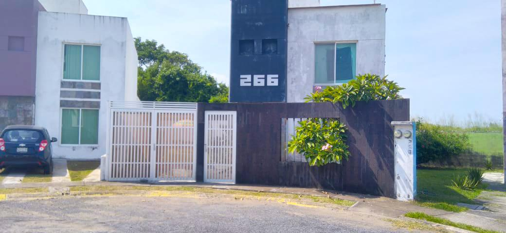 Foto Casa en Renta en  Fraccionamiento Banus,  Alvarado  Casa en Renta en Fracc. Banus - Riviera Veracruzana