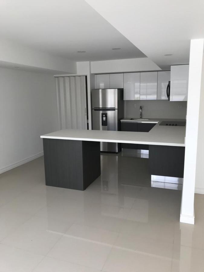 Foto Departamento en Renta en  Mata Redonda,  San José  Rohrmoser / 65 m2 construcción / Línea blanca/ Incluye agua, cable e internet