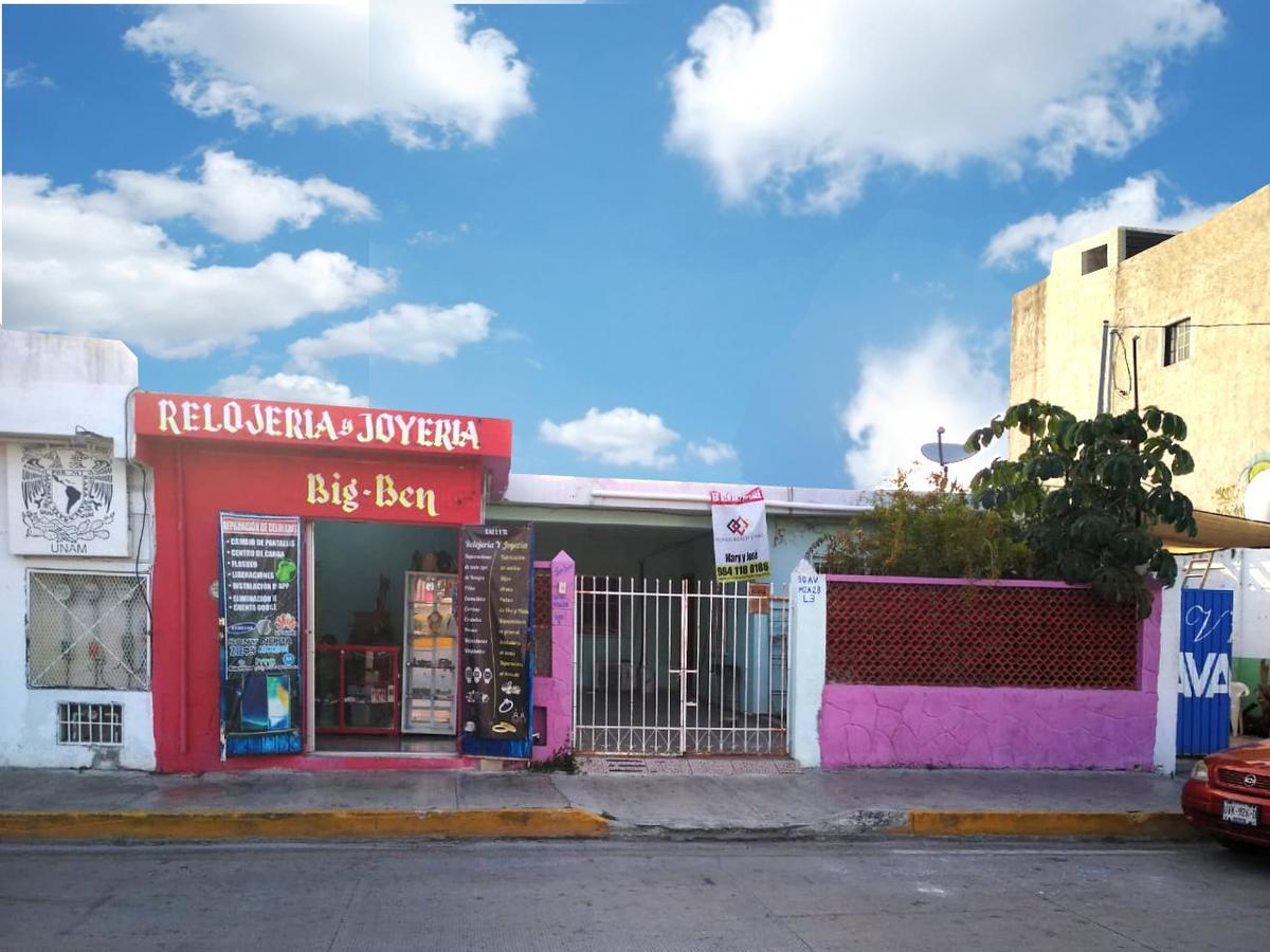 Foto Terreno en Venta en  Solidaridad,  Playa del Carmen  30 Av entre calle 22 y 24