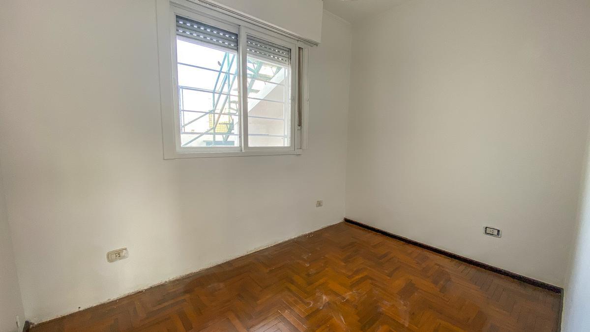 Foto Casa en Venta en  Azcuenaga,  Rosario  Mendoza 5600