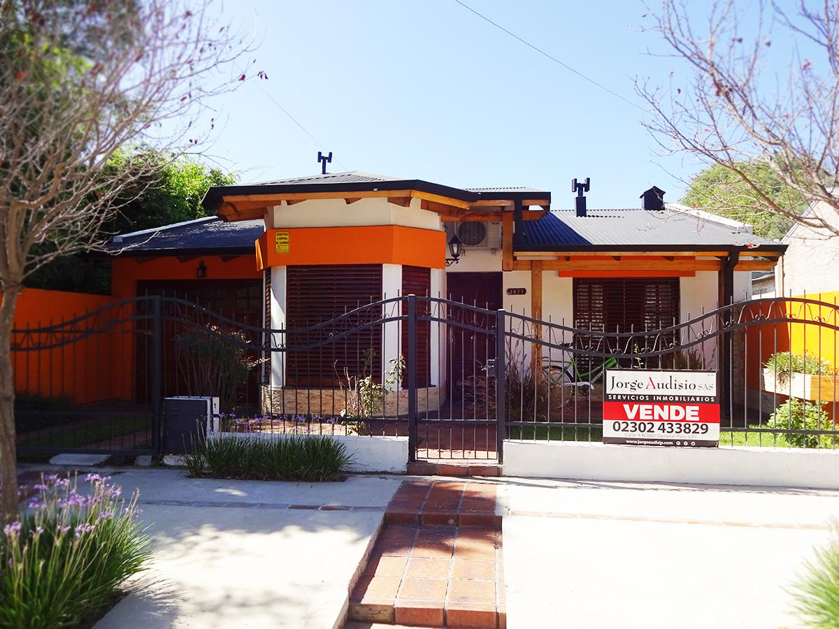 Foto Casa en Venta en  General Pico,  Maraco  Calle 33 N°1471