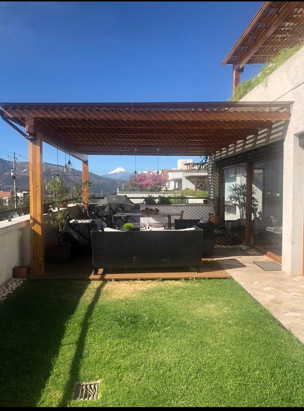 Foto Departamento en Venta en  Cumbayá,  Quito  CUMBAYA SE VENDE DEPARTAMENTO MODERNO CON 75 M2 DE TERRAZA