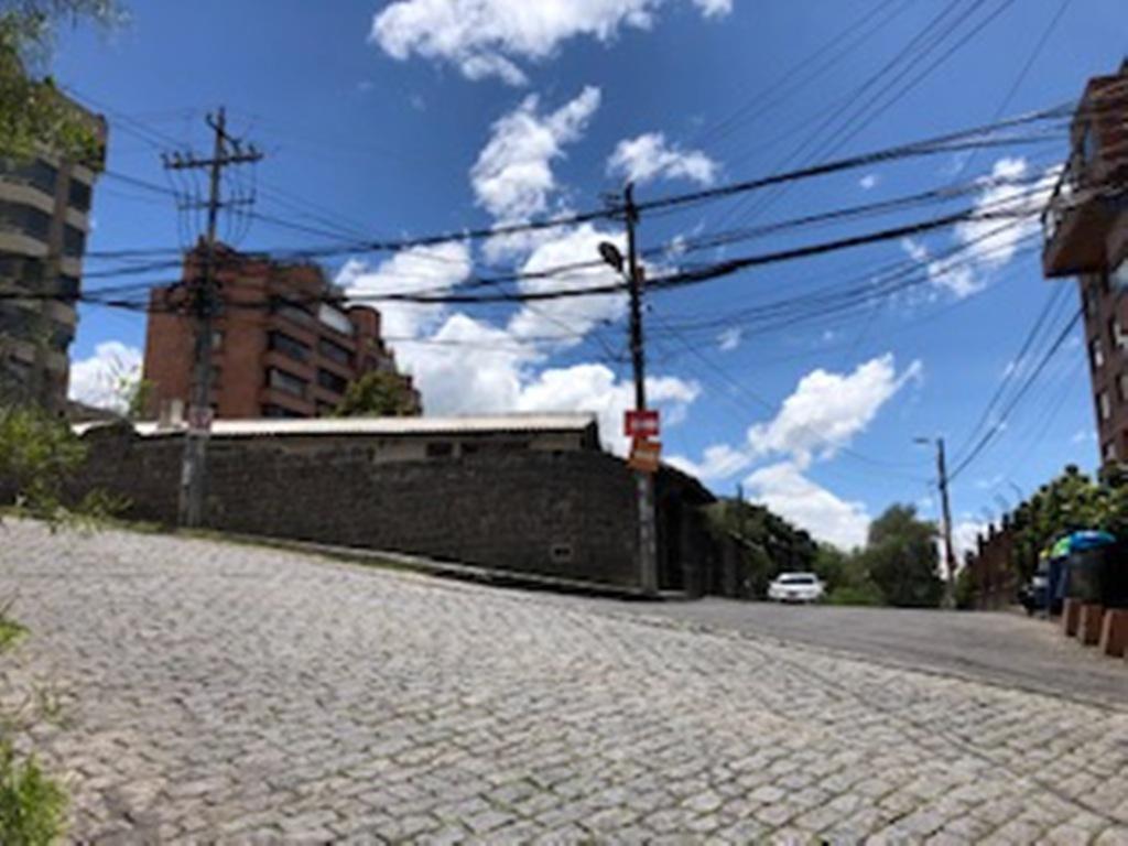 Foto Terreno en Venta en  Centro Norte,  Quito  Constructores, terreno de 2.026 m2, Bosmediano