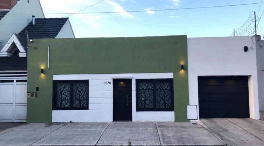 Casa venta 2 dormitorios quincho y pileta 224mts2 totales- Berazategui