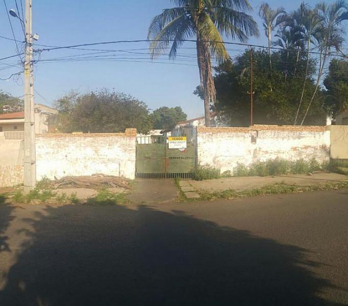 Foto Terreno en Venta en  Jara,  San Roque  Barrio Jara