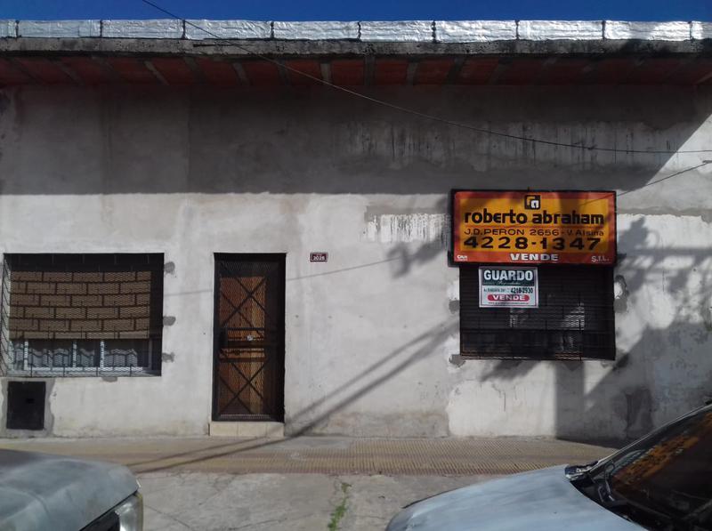 Foto Casa en Venta |  en  V.Diamante,  Valentin Alsina  YATAY al 3000