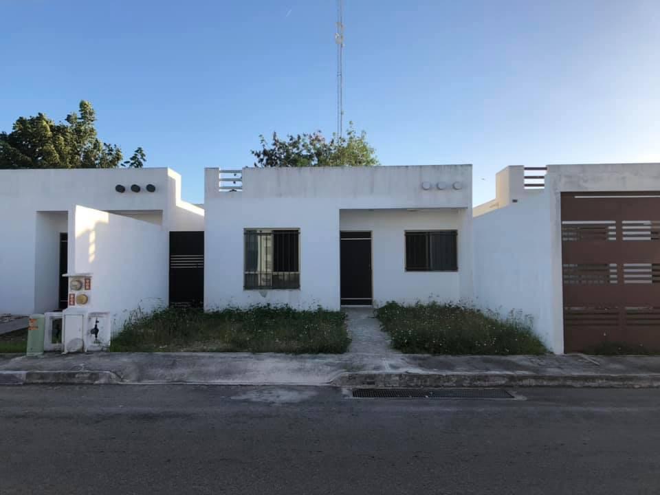 Foto Casa en Venta en  Mérida ,  Yucatán  Vendo bonita casa en el Frac. Las Americas II al Norte de Merida