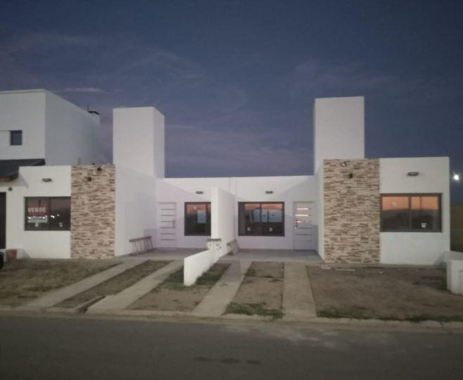 Foto Casa en Venta |  en  San Ignacio Village,  Cordoba Capital  OPORTUNIDAD dúplex 2 dorm - Manantiales - San Ignacio Village