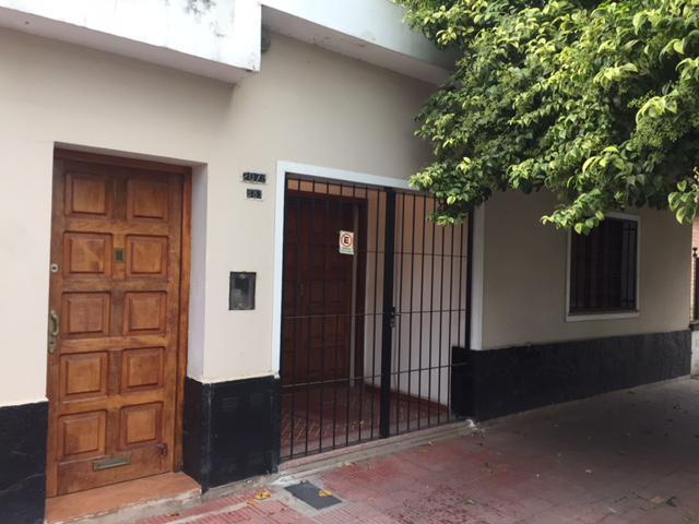 Foto Casa en Venta en  Villa Cabrera,  Cordoba   Casa en Villa Cabrera, Excelente Ubicacion !!! Ideal para inversor