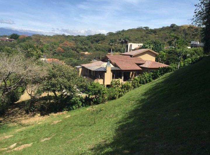 Foto Terreno en Venta en  Santana,  Santa Ana  Terreno en Villa Real a $200 el m2