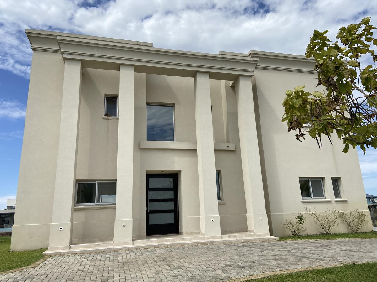 Foto Casa en Venta en  Countries/B.Cerrado (Escobar),  Escobar  Puertos del Lago, barrio Ceibos, 3 dorm al lago
