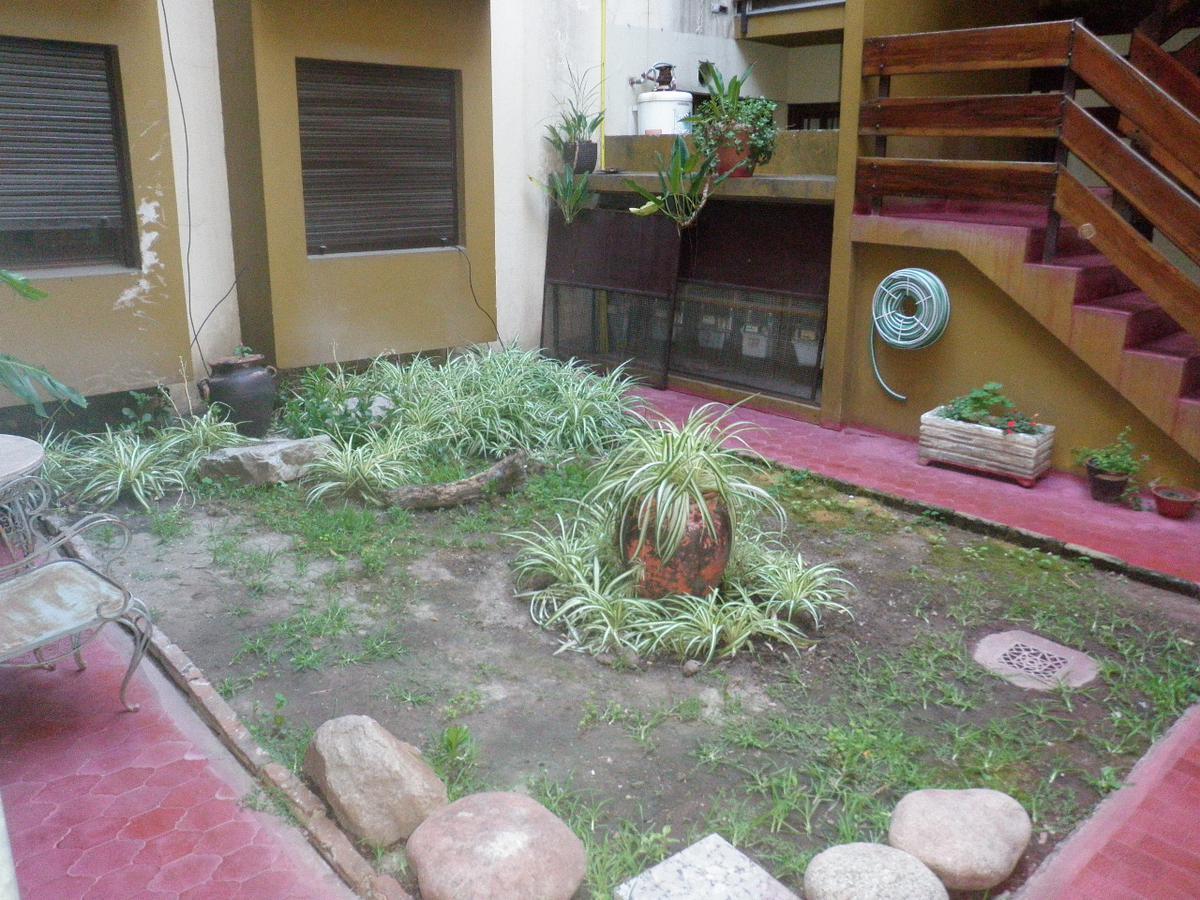 Foto Departamento en Venta en POMPEYA entre CASARES CARLOS y RODRIGUEZ PEÑA, G.B.A. Zona Oeste   Moron   Castelar