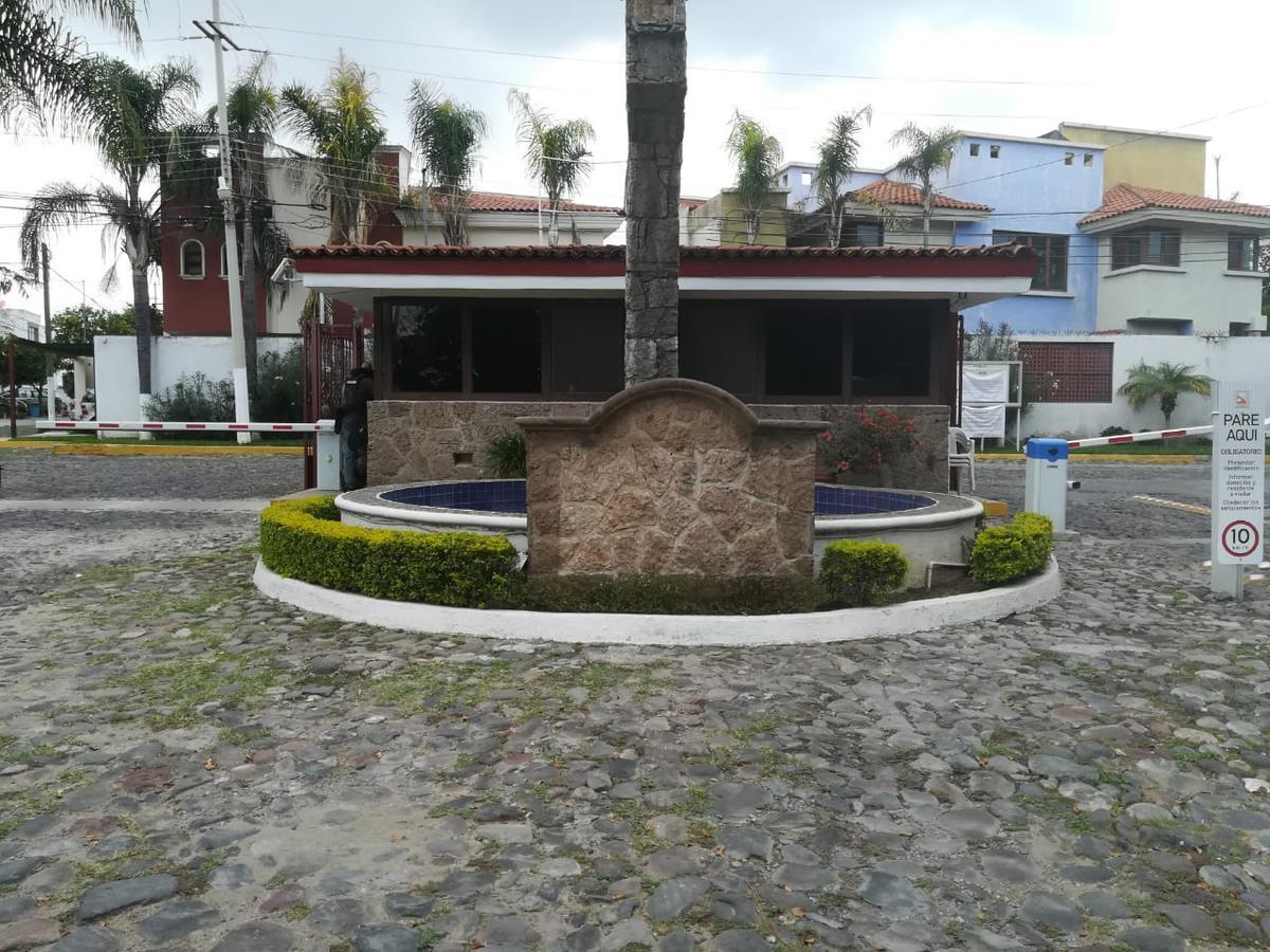Foto Casa en Venta en  Zapopan ,  Jalisco  Industria Textil 2000 . Int. 97