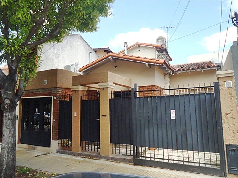 Foto Casa en Venta en  Olivos-Maipu/Uzal,  Olivos  Pacheco al 2400