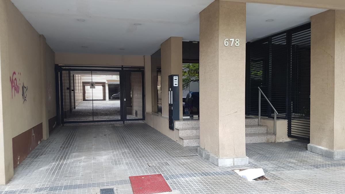 Foto Departamento en Venta en  La Plata ,  G.B.A. Zona Sur  43 E/ Dg. 77 y 9, 6º A