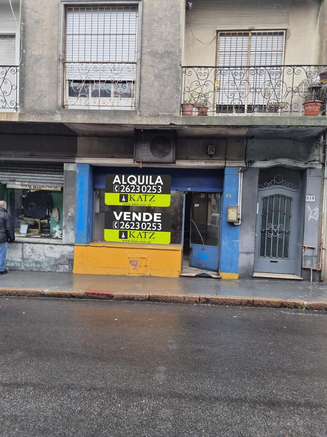 Foto Local en Venta en  Ciudad Vieja ,  Montevideo  Buenos Aires esq Colon