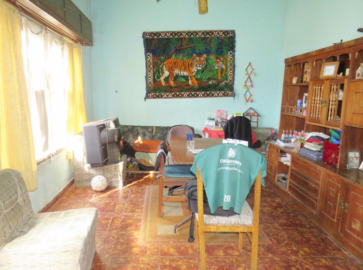 Foto Casa en Venta en  Peréz Castellanos ,  Montevideo  Pablo Perez al 4100