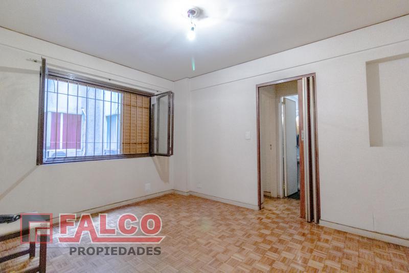 Foto Departamento en Alquiler en  Caballito ,  Capital Federal  Espinosa 70