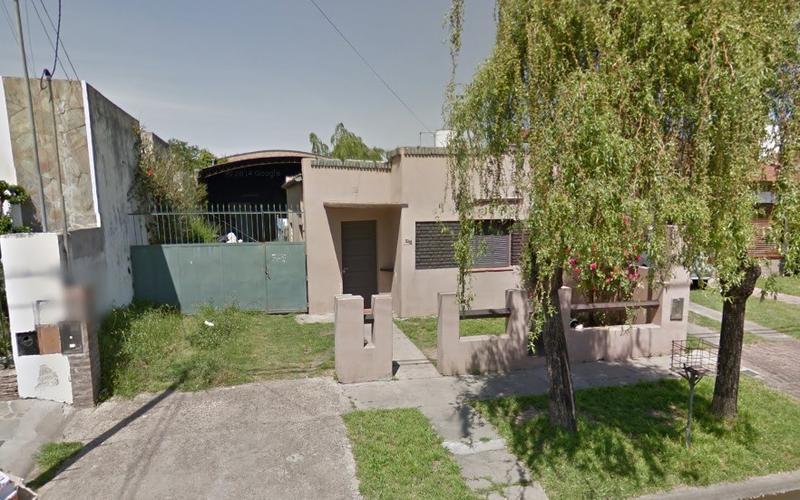 Foto Galpón en Venta en  San Cayetano (Lujan),  Lujan  Juan b Justo Nº343