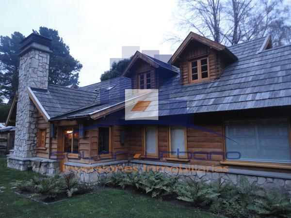 Foto Casa en Venta en  San Martin De Los Andes,  Lacar  Rivadavia 1100