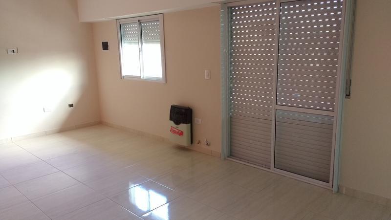 Foto Departamento en Alquiler en  Lanús,  Lanús  Formosa 2800