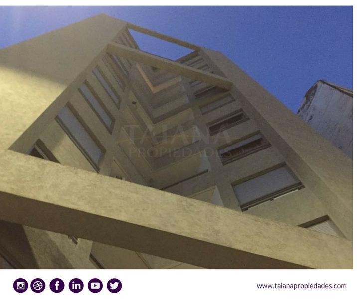 Foto Departamento en Alquiler en  Centro,  Cordoba  Av Gral Paz 675| 8C