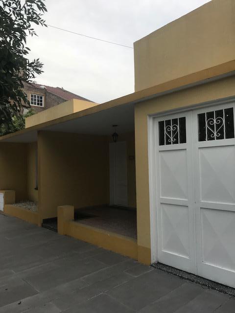 Foto Casa en Venta en  Ezeiza ,  G.B.A. Zona Sur  Las Heras al 1100