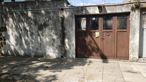 Foto PH en Venta en  Mataderos ,  Capital Federal  Guamini 2900 Tipo casa 3 ambientes, sobre lote de 7 x 18, con garaje