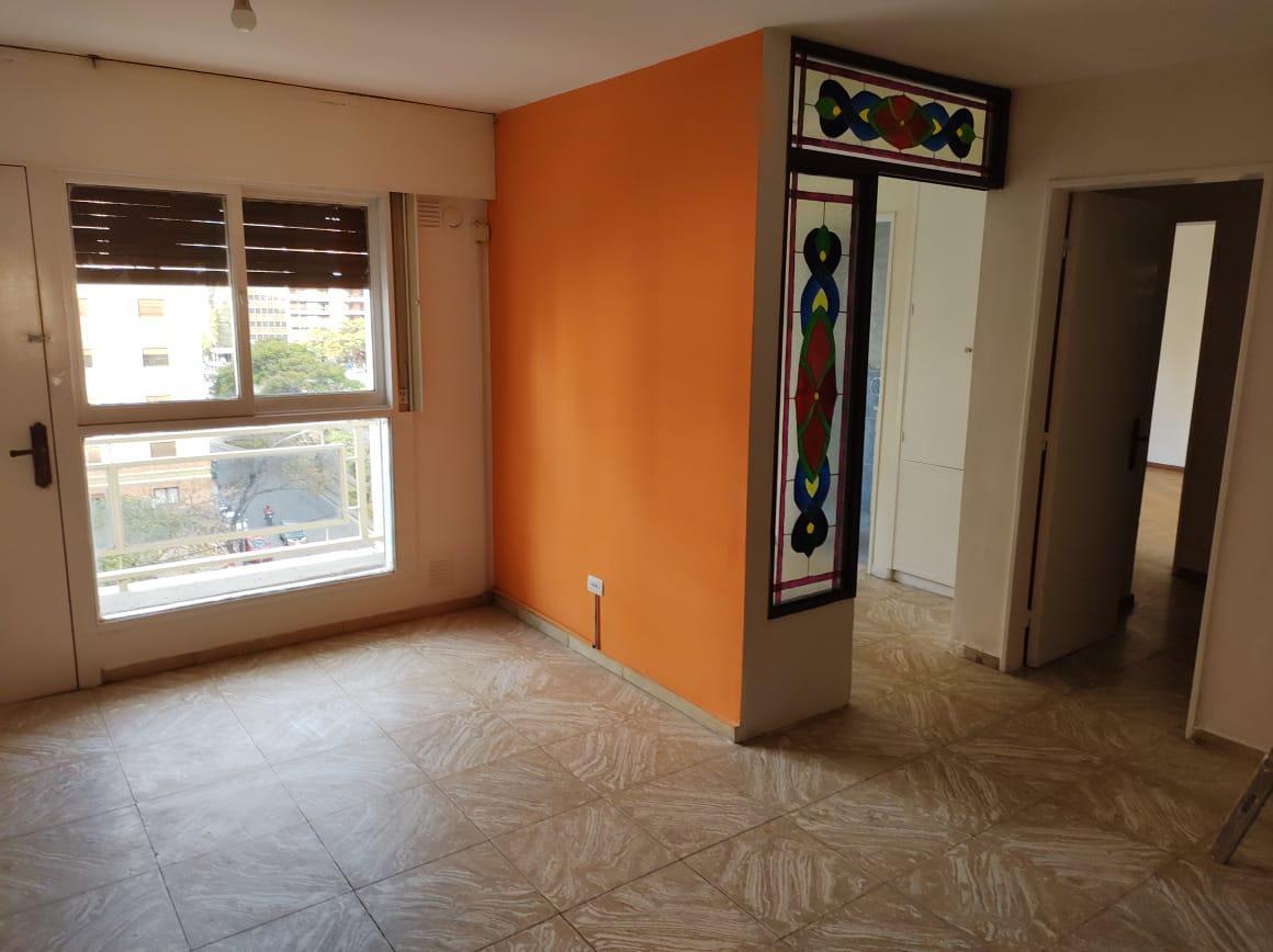 Foto Departamento en Alquiler en  Nueva Cordoba,  Cordoba Capital  Blvd. San Juan al 300