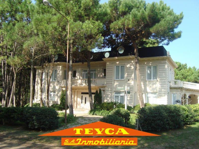 Foto Casa en Venta en  Pinamar Norte,  Pinamar  PENELOPE 3931 Esq. troya