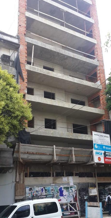 Foto Departamento en Venta en  Caballito ,  Capital Federal  Hualfin 1083 7º