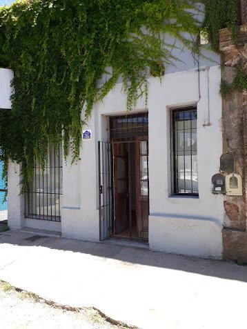 Foto Local en Alquiler en  Cañuelas Urbano,  Cañuelas  San Martin al 700