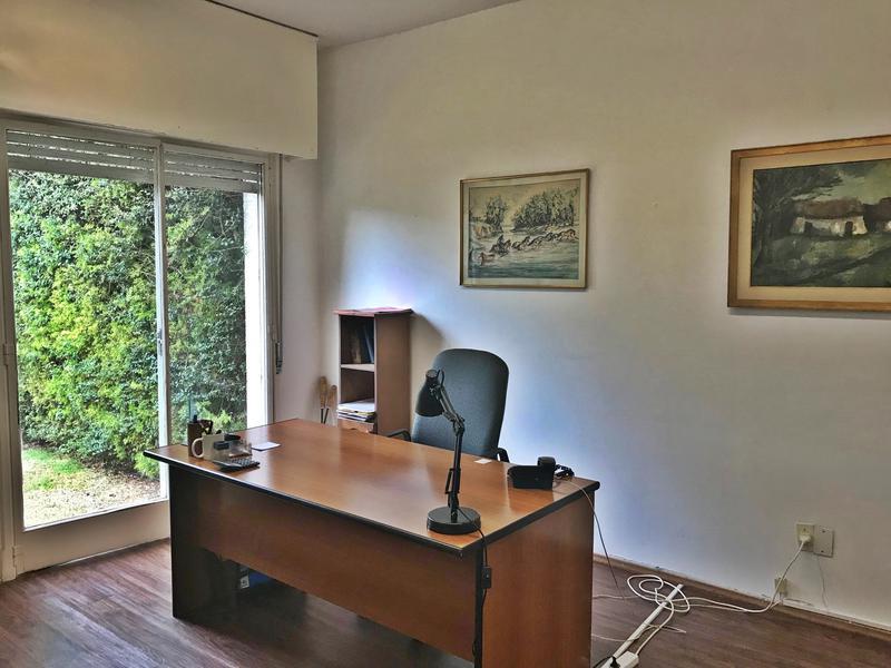 Foto Oficina en Alquiler en  Carrasco ,  Montevideo  por mes, Oficinas, consultorios,  tranquilidad!!